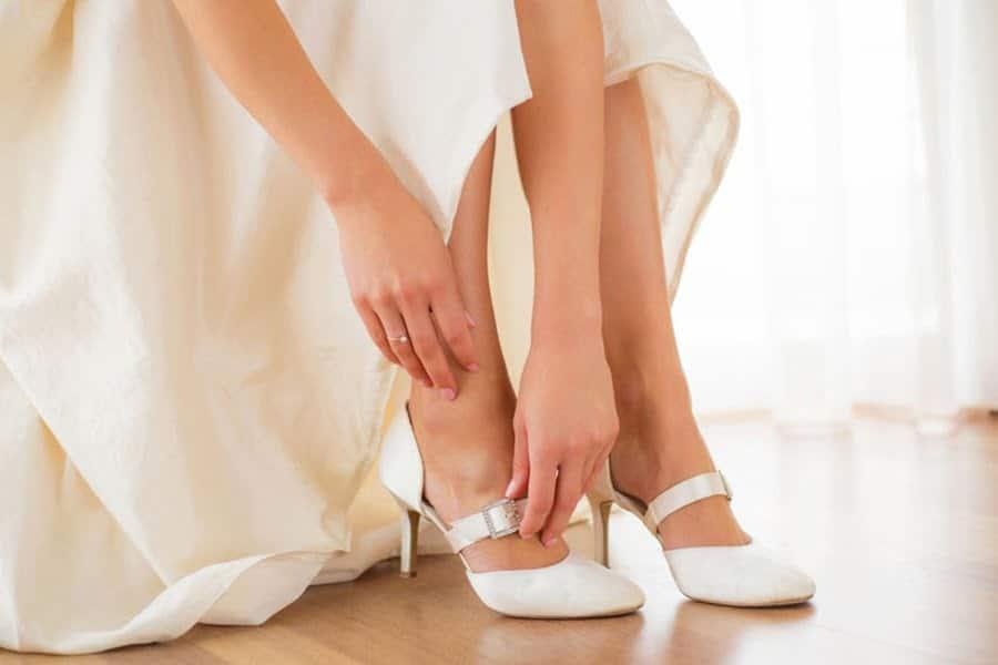 Pantofii la comanda sunt alegerea perfecta pentru orice mireasa