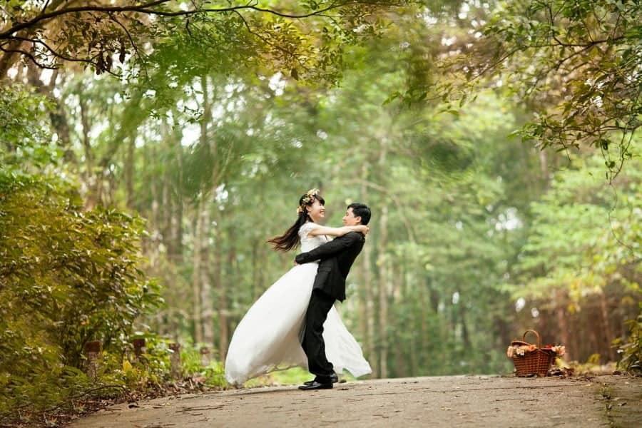 Cauta intotdeauna formatii nunta Bucuresti la cele mai accesibile preturi